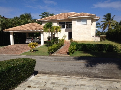 Four Bedroom Villa  to Rent in Cocotal Golf Club