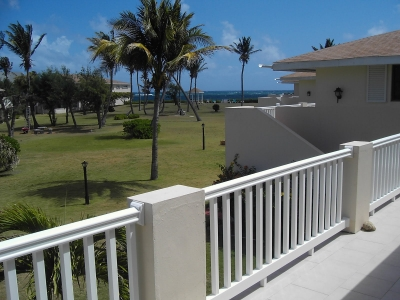 Airy, Fully Equipped 2BR Condo w/ Large Balcony!