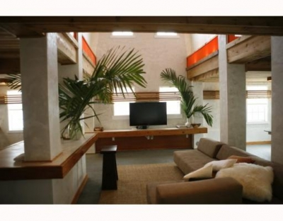 D1376455 -- Beautiful Property in Miami