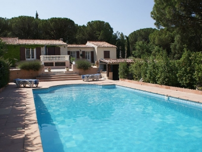 Stunning 5BR in the Heart of Provence w Large Pool