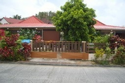 4 Furnished Flats in Residence Only 300M to Beach!