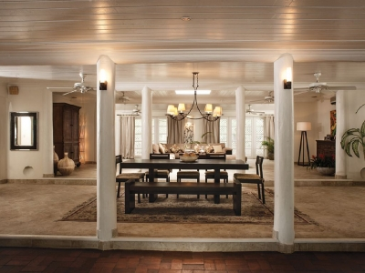 Chic & Modern 3BR Open Plan Villa on 3000 Sq Ft.