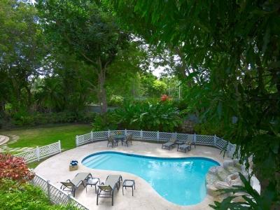 Green Monkey Villa - Spacious 2 Storey Luxe 5BR