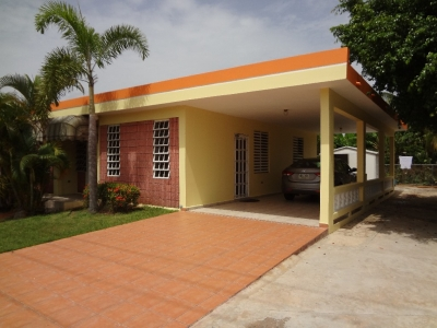 Lovely Home, 3 Minutes to Jobos de Playa Beach