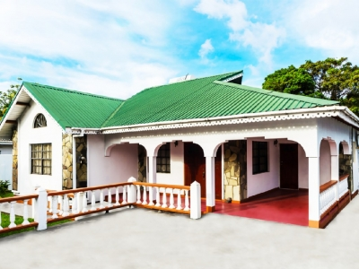 Cozy Fully Air Conditioned Villa, Jacuzzi & WiFi