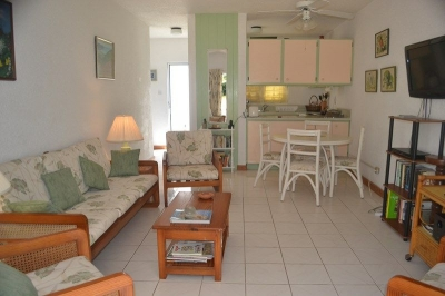 GOLF IN BARBADOS!  1-BED G. FLOOR ON GOLF COURSE