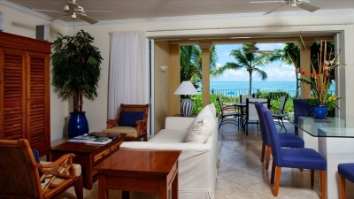 1st Floor 2 Bedroom, 2 Bath Ocean Front Villa #106