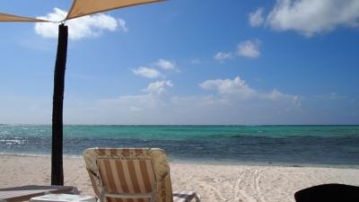 Casa Aquamarine - Modern & Luxe Beachfront Villa
