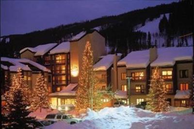 Ski In/Ski Out at Gondola - Free Second Bedroom!