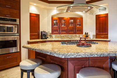 E202 Ocean Pearl Fully Equipped Gourmet Kitchen