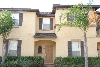 R223PALE----Beautiful 4 Bedroom Townhouse Awaits!