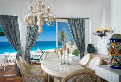 villas_del_mar_152_dining_table