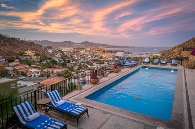 Enjoy the stunning views of the gated community of Pedregal and the Sea of Cortez!