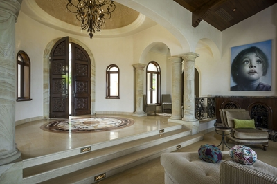 Enjoy the open and opulent entrance the moment you step into Villa Bella Laura!