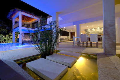 Luxury Villa Photo #32