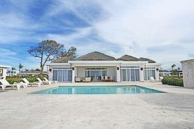 Oceanfront 4 Bedroom Villa #4 Ocean Villa Deluxe