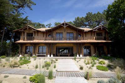 Lodge SHL | Cap-Ferret