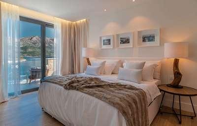 Luxury Villa Photo #29
