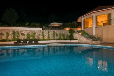 Luxury Villa Photo #53