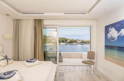 Luxury Villa Photo #58