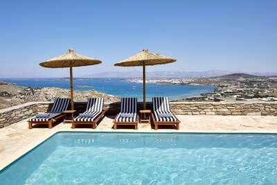Luxury Villa Photo #2