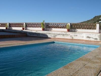 Axa Villa Benama