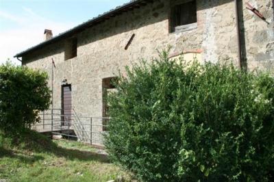 Azienda Agricola Valgiano: Lo Stecchino 1st floor
