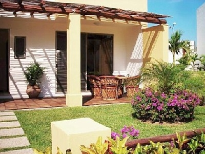 Bucerias 2 or 3 bedroom townhome with Plunge Pool