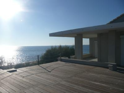 Luxury Villa Photo #12