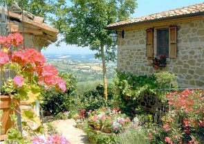Romantic Hilltop Villa-Farmhouse - Stunning Views