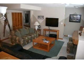 Spacious Two Bedroom Townhouse in Whistler Village