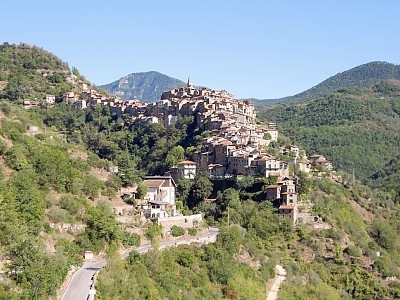 Holidays apartment in Apricale