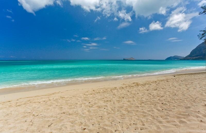 Waimanalo Blue In Waimanalo Beach Hawaii