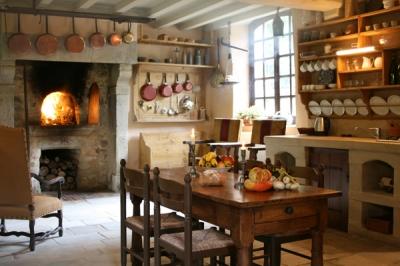 15th Century Manche Cottage: La Boulangerie