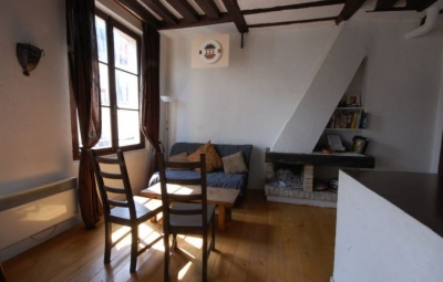 Chez Loula: Right in the Center of Paris! 4th arr!