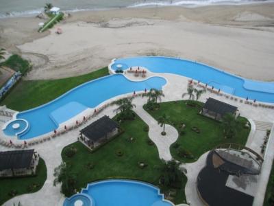 Grand Venetian Beach Front Condo