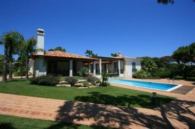 5 Bedroom Villa in Quinta do Lago (EAV-114)