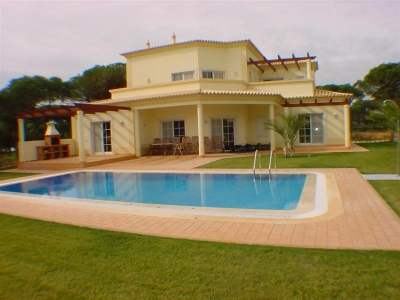 New 4BR Villa on Vila Sil GC (EAV-105)