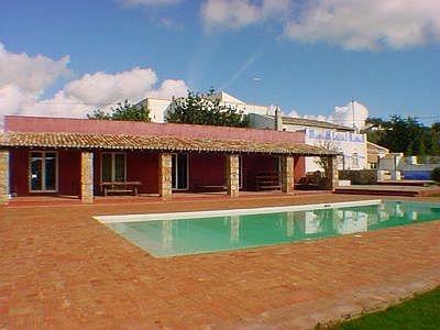 Refurbished 5 bedroom villa in Gorjoes (EAV-106)