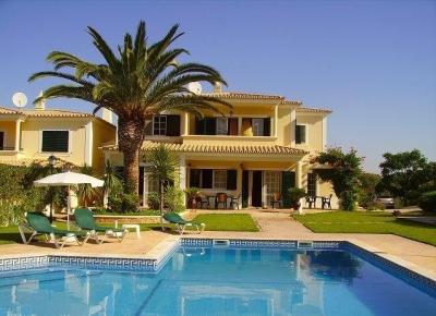 3 Bedroom Villa near Guia (EAV-599)