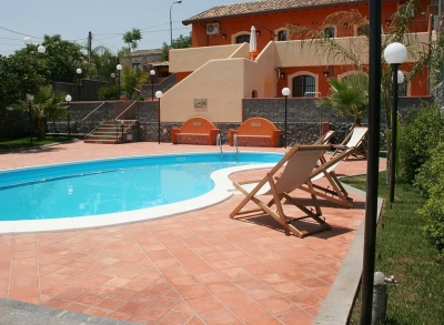 Borgo Barone w/pool, terrace, parking & sea view