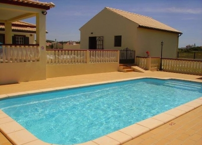 3 Bedroom Villa near Salgados (EAV-598)