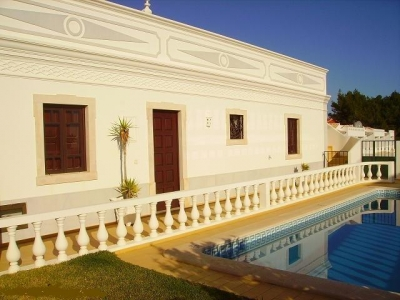 2 Bedroom Villa in Albufeira (EAV-593)