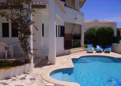 3 Bedroom Villa for rent in Albufeira (EAV-621)