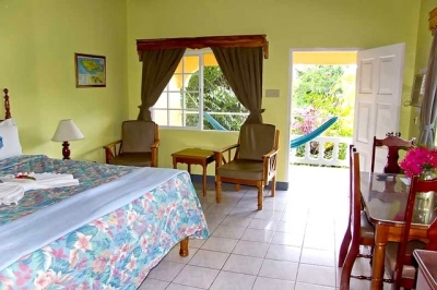 Vibrant Boutique B&B King Room With Pool