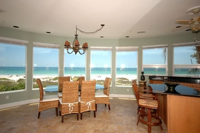 Island Paradise #1 - Direct Beachfront - 2 BR/2 BA