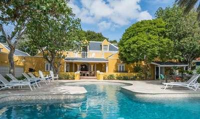 "Sirena Bay Estate, where ""The Bachelorette"" stayed"