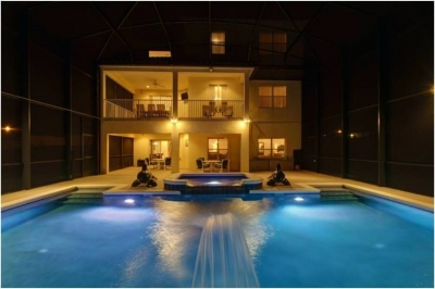 Awesome pool deck, spectacular at night.