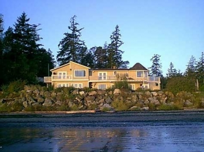 Picture Perfect B&B Lodge with Weir's Beach Views
