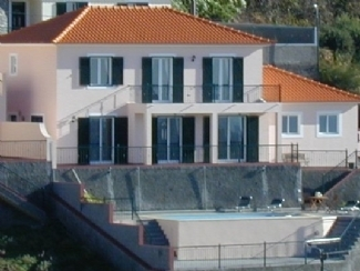 Large luxury  3Bed Villa with Sea/Mtn Views